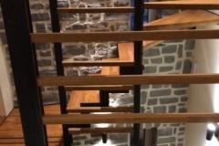 Escalier, vue de la cuisine